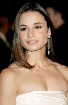 Mía Maestro Bra Size, Age, Weight, Height, Measurements - http://www.celebritysizes.com/mia-maestro-bra-size-age-weight-height-measurements/