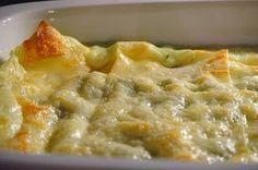 Le lasagne ai carciofi e pecorino sono un'ottima alternativa alle lasagne classiche e sposano il gusto dei carciofi sardi al formaggio pecorino.