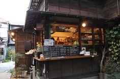 東京、上野桜木あたり oshiolive