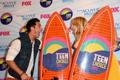 their facial expressions? priceless. michael trevino & candice accola