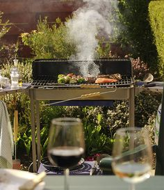 How To Organize A Barbecue That Your Guests Will Never Forget!