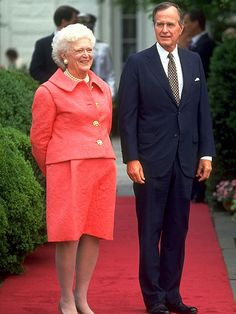 First Lady Style Barbara Bush: 1989-1993  http://www.ivillage.com/first-ladies-fashion-and-style-through-years-0/5-b-514322