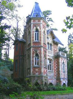 Beautiful abandoned mansion in Europe~