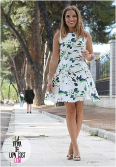 La Reina del Low Cost | tu blog de moda real. Floral dress+nude pumps. Morning Event Summer outfit 2016