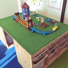 スッキリ見栄え良く♪男の子ママ必見のインテリアにもなるおもちゃ収納術☆ - Yahoo! BEAUTY プラレール Lego Road, Boy Room, Kids Room, Space Activities For Kids, Kids Math, Toddler Room Organization, Diy And Crafts, Crafts For Kids, Play Table