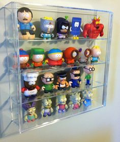 These display cases are awesome! They might seem like a simple design but they act like a picture frame for items! They're super high quality and great for collectables, KidRobot Toys, Disney Vinylmation or anything! @toykickstore @KidRobot #Display #Art #Collectables