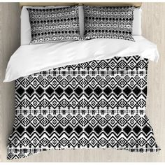 Black White Bedding, Black And White Quilts, Green Bedding, Queen Size Duvet Covers, Duvet Cover Sets, Pop Up Camper Accessories, Tribal Bedding, Black And White Aesthetic, Abstract Pattern