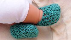 Summer Crochet Baby Booties Booties Crochet, Crochet Baby Shoes, Crochet Bebe, Crochet Slippers, Crochet Summer, Crochet Gifts, Easy Crochet, Crochet Yarn, Crochet Flowers