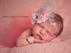 newborn photography  Michelle Bartlett Photography