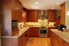 Pictures Of Kitchen Flooring And Granie Counter Tops