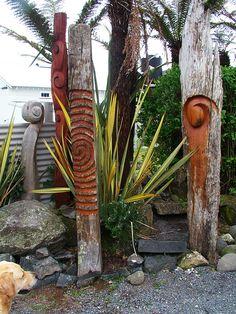 New Zealand native timber chainsaw carved garden art by Michael Walsh, Kakahi Ne. Dream Garden, Garden Art, Garden Design, Flower Hedge, Natural Stone Wall, The Barnyard, Large Plants, Snake Plant, Garden Supplies