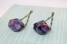 The perfect mix of manmade and natural materials in these jasper earrings