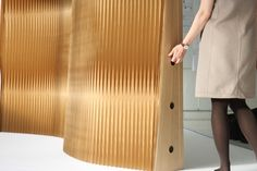 Molo tapered kraft paper softwall
