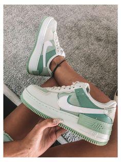 Air force shadow nike sneakers #nike #sneakers #women #air #force #nikesneakerswomenairforce Dr Shoes, Swag Shoes, Cute Nike Shoes, Cute Sneakers, Nike Air Shoes, Hype Shoes, Sneakers Nike, Green Nike Shoes, Green Sneakers