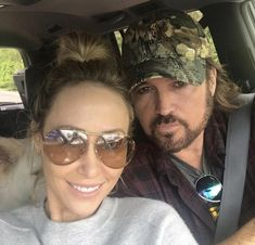 Billy Ray Cyrus, Miley Cyrus, Cool Pictures, Mens Sunglasses, Fashion, Places, Moda, Fashion Styles, Men's Sunglasses