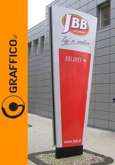 Wayfinding sign, freestanding signs, pylon reklamowy, pylony reklamowe, pylon signs, pylon signage, illuminated signage, reklamy wolnostojące, producent reklam, Graffico, signage manufacturer, producent reklam Toruń, reklamy świetlne, reklama świetlna,