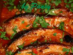 Plachie de crap Fish Recipes, My Recipes, Romanian Food, Romanian Recipes, Baked Cod, Pastry Cake, Sicilian, Fish And Seafood, Crap