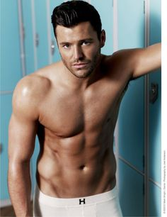 Mark Wright was on Brit reality shows 'The Only Way Is Essex' and rumbly jungly 'I'm A Celebrity…Get Me Out Of Here! Handsome Celebrity Men, Handsome Celebrities, Beautiful Celebrities, Beautiful Boys, Gorgeous Men, Beautiful People, Mark Wright, Tv Presenters, Mature Men