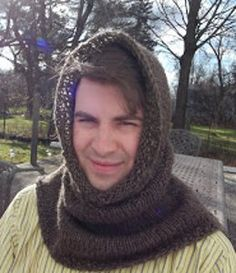 Free knitting pattern: Sean's Favorite Cowl