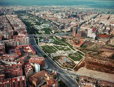 River Turia - This river dried in the last 30 years so Valencian people made a park of it through the city
