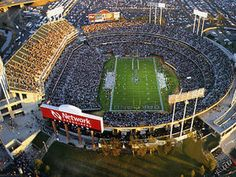 Oakland Raiders One day I wish to go here!