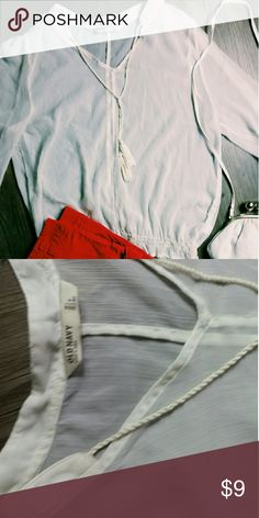 White blouse Cute and in great condition! B4 Old Navy Tops Blouses