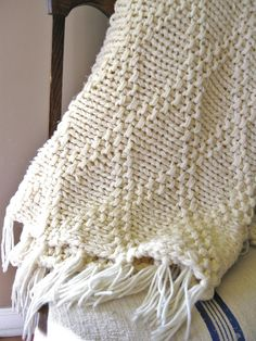 COZY... Vintage Handmade Chunky Cream Knit Afghan with Tassles on Etsy