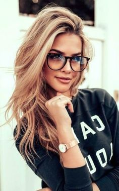Glasses For Oval Faces, Cute Glasses Frames, Womens Glasses Frames, Cool Glasses, New Glasses, Hairstyles With Glasses, Cool Hairstyles, Shaved Hairstyles, Blonde With Glasses