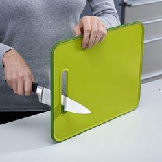 Joseph Joseph Slice&Sharpen™ | Chopping board with knife sharpener