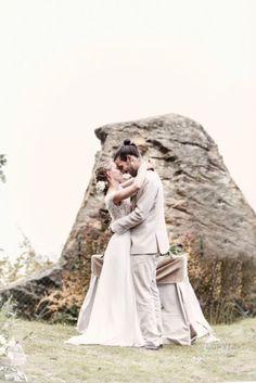 Lake Como Destination Wedding Photography for Marlene & Tiziano who celebrate their Love with a symbolic Ceremony in Villa Pietra Luna, Bellagio, Lake Como. Boho Wedding, Destination Wedding, Lake Como, Wedding Photography, Couple Photos, Couples, Wedding Dresses, Celebrities, Amazing