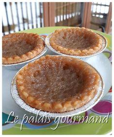 Jadore les ptites versions de desserts cest mignon et ce partage très bie Pie Recipes, Dessert Recipes, Cooking Recipes, Tapas, Sugar Pie, Sweet Pie, Pie Dessert, Baked Goods, Deserts