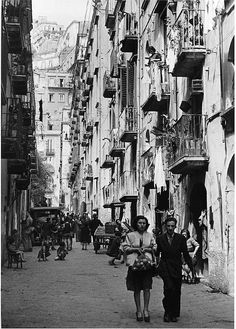 Italy--WW II (1945) Cartier-Bresson street scene in Naples.