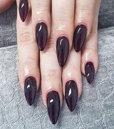 Almond nail shape @POPSUGARBeauty