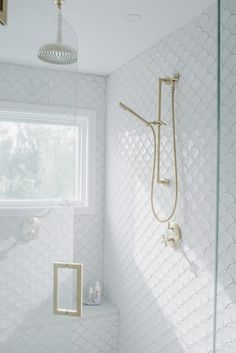 I'm finally sharing my Luxurious White & Gold Master Bath Reveal today! Come check out my oversized shower with rainforest shower head and my double vanity! White Tile Shower, Gold Shower, Spa Like Bathroom, Gold Bathroom, Girl Bathrooms, Bathroom Ideas, Modern Bathroom, Master Bath Shower, Master Bathroom