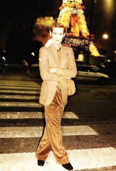 1972projects:    2005: Yves Saint Laurent Winter ad campaign, shot by Juergen Teller  http://www.1972projects.blogspot.com