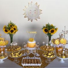 First Birthday Party Decor Ideas Sunflower Birthday Parties, Sunshine Birthday Parties, Sunflower Party, Sunflower Baby Showers, Baby Birthday, First Birthday Parties, First Birthdays, Mellow Yellow, Baby Shower Themes