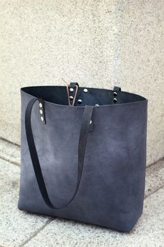 Ready to ship.Minimalist leather toteGrey by AdeLeatherGift