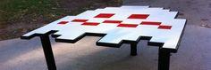 table-basse-space-invaders.jpg (908×305)