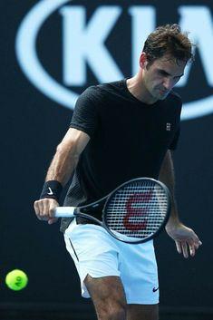 AO practice 2018 https://tennisracketpro.com/how-to-grip-a-tennis-racket-properly/