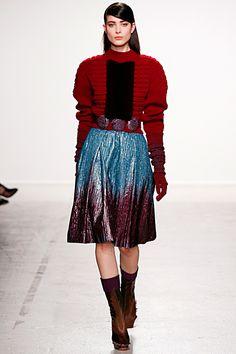OOOK - John Galliano - Women's Ready-to-Wear 2014 Fall-Winter - LOOK 18 | Lookovore
