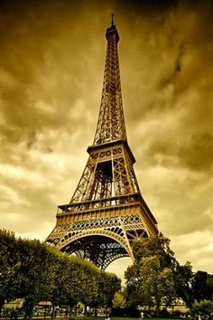 iphone-Vintage-Eiffel-Tower.jpg (320×480)