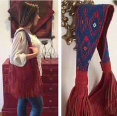Bolsa de piel con asa de lana de alpaca bordada a mano y flecos! Leather bag, with fringe and alpaca wool hand embroidered handle!  #arte #artelocal #artesanal #hechoamano #alpaca #piel #localstyle #localart #outfitaccessory #style #fairtrade #fairtradefashion #boho #bohemio #bohochic #bohostyle #bohemian #shoplocal #supportlocal #handbag #like4like #followme #photooftheday #instagood #followusonfacebook #siguenosenfacebook #origenlocal
