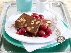 Schoko-Nuss-Pastete mit Vanillekirschen