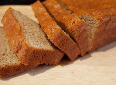 gluten-free, sugar-free Almond Applesauce Pound Cake is only 5 net carbs per slice.