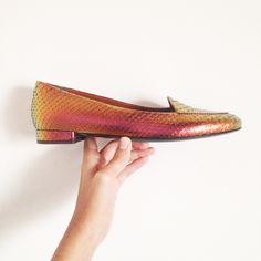Mondays are made for these iridescent elaphe slippers #Rodosince1956 #Rodoshoes
