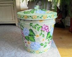 10 Gallon Hand Painted Galvanized Can by krystasinthepointe Tub Paint, Paint Cans, Galvanized Wash Tub, Tin Bath, Horse Trough, Metal Chicken, Beer Bucket, Chicken Feeders, Copper Paint