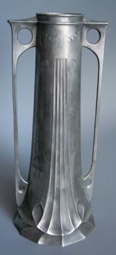 Secessionist pewter vase, marked Electra 3046, 32 cm high