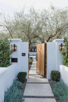 Dream Home Design, My Dream Home, House Design, Spanish Style Homes, Spanish House, Design Exterior, Interior And Exterior, Future House, Gate Lights