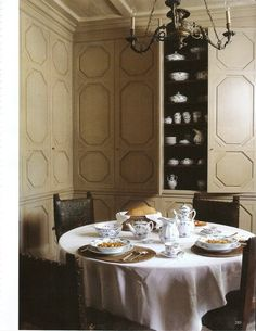 Wall panels serving as cabinets, World of Interiors