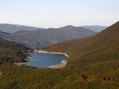Lago Paduli Beautiful Places To Travel, Reggio Emilia, Toscana, River, Spaces, Outdoor, Italia, Outdoors, Outdoor Living